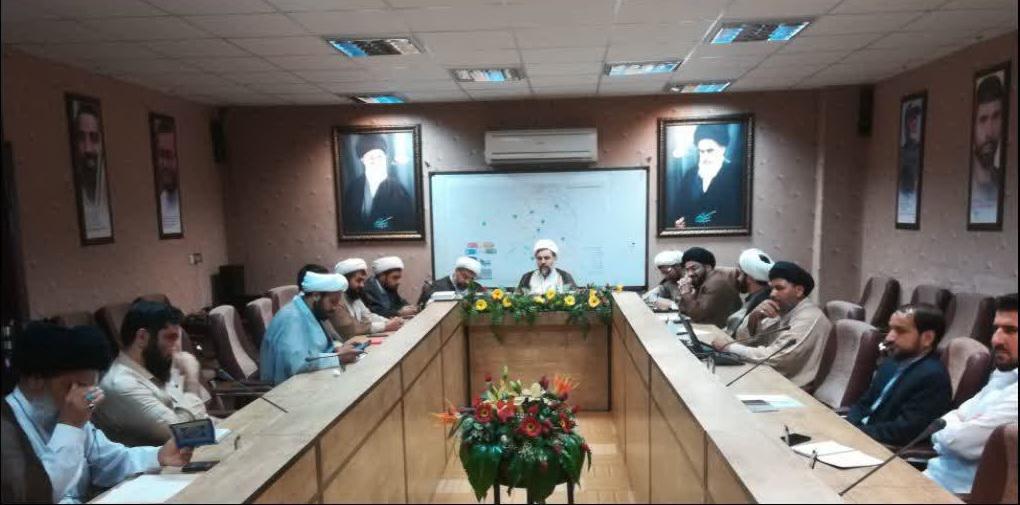 جلسه دبیر ستاد،مسئولین کارگروه ها و اتاق های عملیات با جناب آقای حجت الاسلام و المسلمین روستا آزاد
